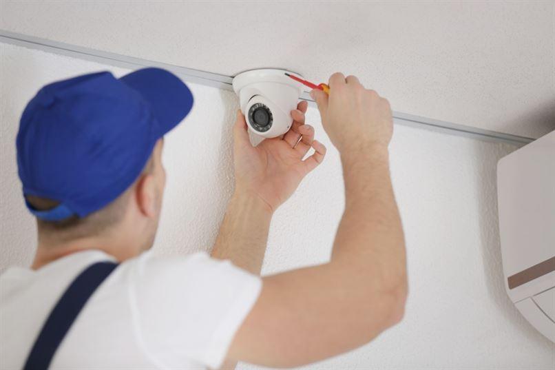 Internal-CCTV-being-installed-by-CCTV-installer